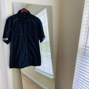 Oakley Men's Button Down Shirt - Used